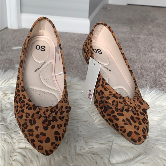 SO Women's Pointed Toe Flats
